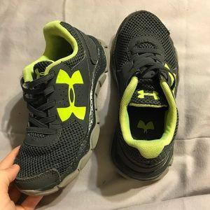 Kids size 13 Under Armour tennis shoes